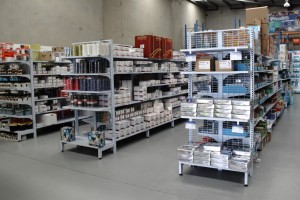 Bethel Shopfitting World supplies to many Electrical and Hardware store, including TLE, Cetnaj, MMEM, Haymans Electrical and many others. The shelving system showing below is: SYS-C Standard Duty Mesh Shelving SYS-CP Standard Duty Pegboard Shelving Slat Panel Displays