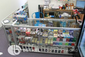 Games Shop Slat Wall Glass Showcases Counters 38