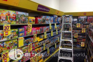 ToyWorld Toy Store Shelving Shopfitting Racking 05