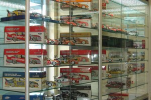 Hobby Store Shelving Glass Showcases Counters c