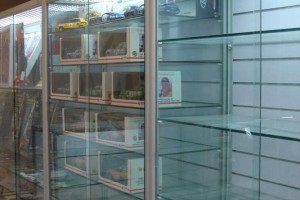 Hobby Store Shelving Glass Showcases Counters e