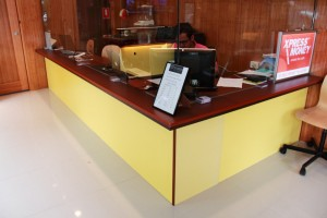One of Bethel Shopfitting World's strength is to custom make glass showcases, display cabinet and special purpose joinery cabinets.
