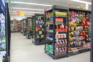 SYS-E Outrigger Style Supermarket Shelving Systems from Bethel Shopfitting World have been designed for large scale supermarkets, perfect for Spar Supermarkets.